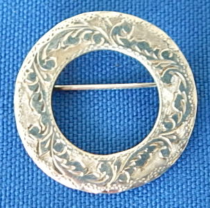 "Siam sterling 1"" O pin, ornate design"