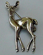 Beau deer pin