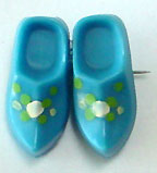 Plastic clogs pin